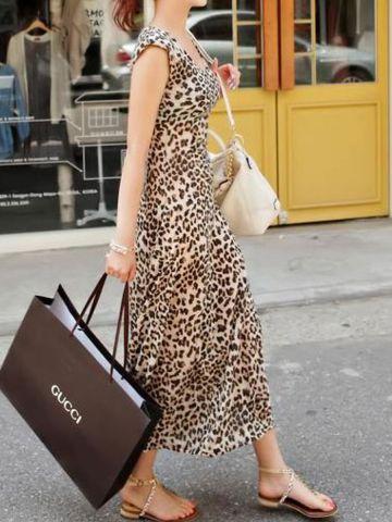https://d38jde2cfwaolo.cloudfront.net/102022-thickbox_default/gorgeous-leopard-maxi-dress.jpg