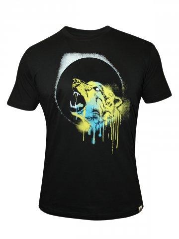 https://static7.cilory.com/112282-thickbox_default/sling-shot-graphic-t-shirt.jpg