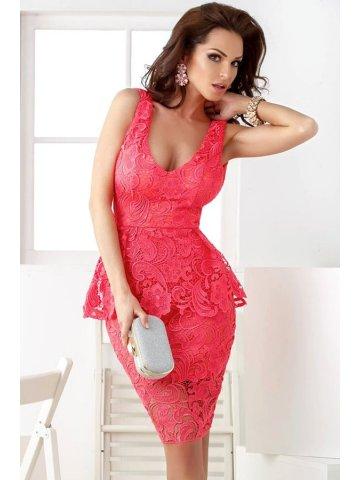 https://d38jde2cfwaolo.cloudfront.net/137547-thickbox_default/red-lace-overlay-sleeveless-peplum-dress.jpg