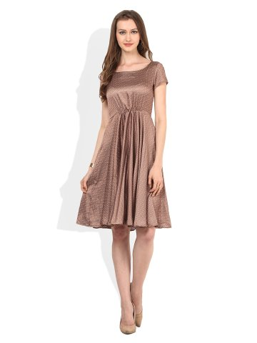 https://static3.cilory.com/195675-thickbox_default/zephyra-brown-dress.jpg