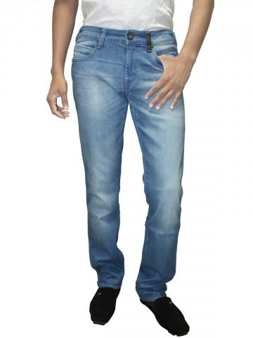 https://static6.cilory.com/36325-thickbox_default/wrangler-regular-fit-jeans-rockville.jpg