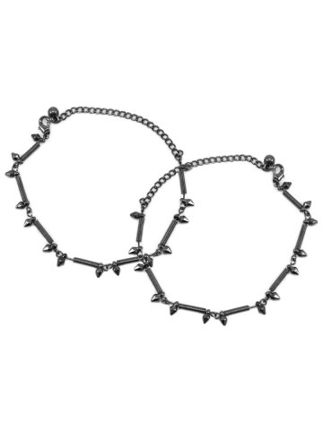 https://static2.cilory.com/385865-thickbox_default/estonished-silver-beautiful-anklets.jpg