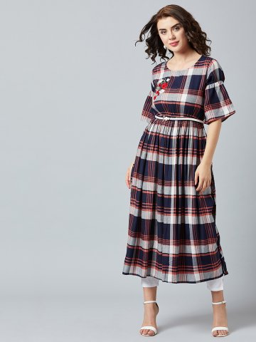 https://static6.cilory.com/392631-thickbox_default/navy-peach-cotton-embroidered-kurta-with-belt.jpg