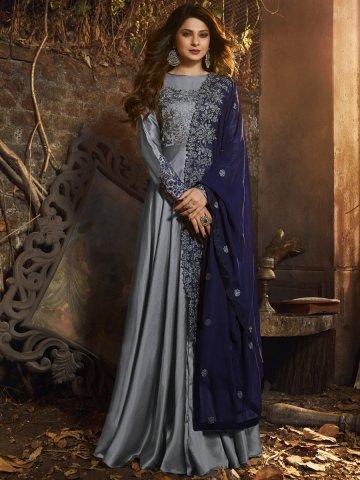 https://static4.cilory.com/393222-thickbox_default/mugdha-floor-length-heavy-gown.jpg