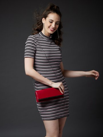 https://static8.cilory.com/403051-thickbox_default/estonished-multicolor-striped-midi-dress.jpg