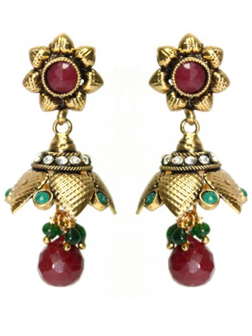 https://static5.cilory.com/44336-thickbox_default/elegant-polki-work-earrings-carved-with-stone-and-beads.jpg