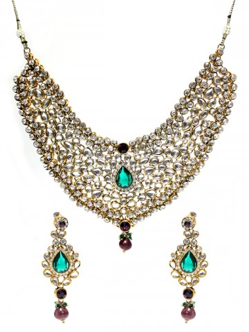 https://static2.cilory.com/45547-thickbox_default/ethnic-kundan-work-necklace-set-carved-with-stone-and-beads.jpg