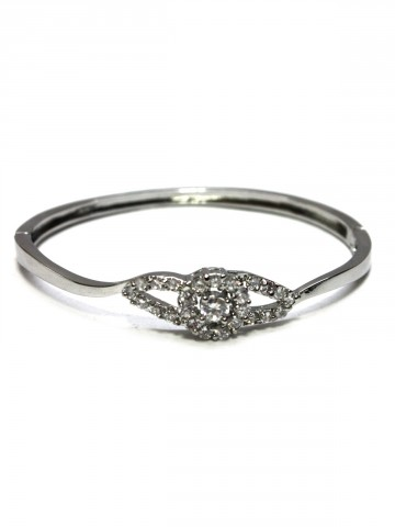 https://static5.cilory.com/73802-thickbox_default/archies-women-bracelet.jpg