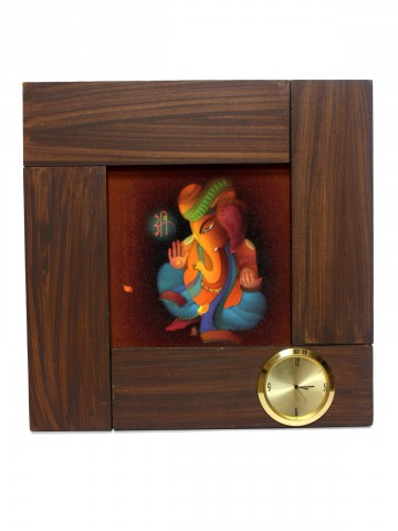 https://static6.cilory.com/85881-thickbox_default/shri-ganesha-wall-clock.jpg